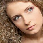وصفات علاج تجعد الشعر في خطوات بسيطة