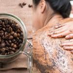 سكراب القهوة لتقشير الجلد الميت لجميع أنواع البشرة