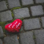 صور كومنتات حب رومانسية مناسبة للفيس بوك 2020