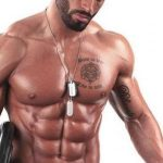 صور صدر عضلات رياضية مشدودة