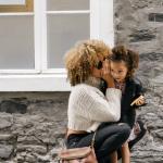 صور عن الأم بوستات ورمزيات للأم خلفيات وعبارات